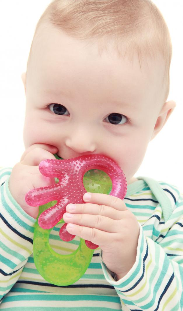 Baby starts teething